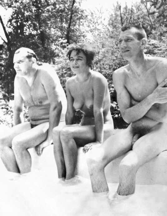 голые мужики ретро фото